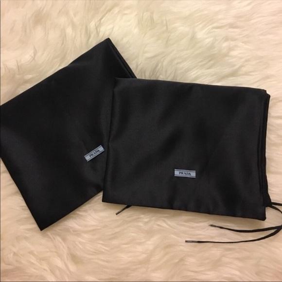 332276730786f9 Prada Shoe Dust Bags (2). M_5adb8de261ca10ab3cccf112